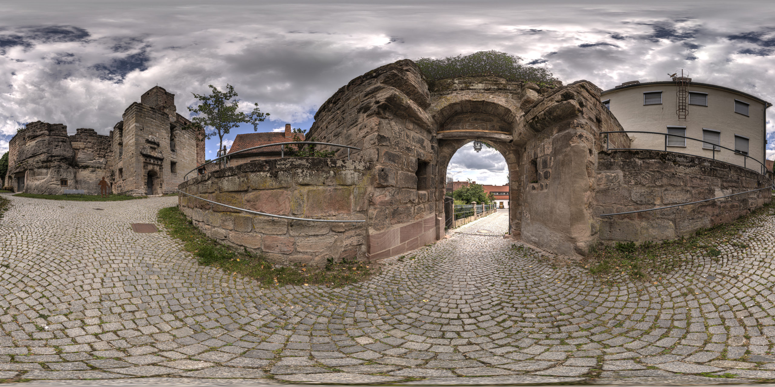 HDRI-Skies-Castle-Yard-Hilpoltstein
