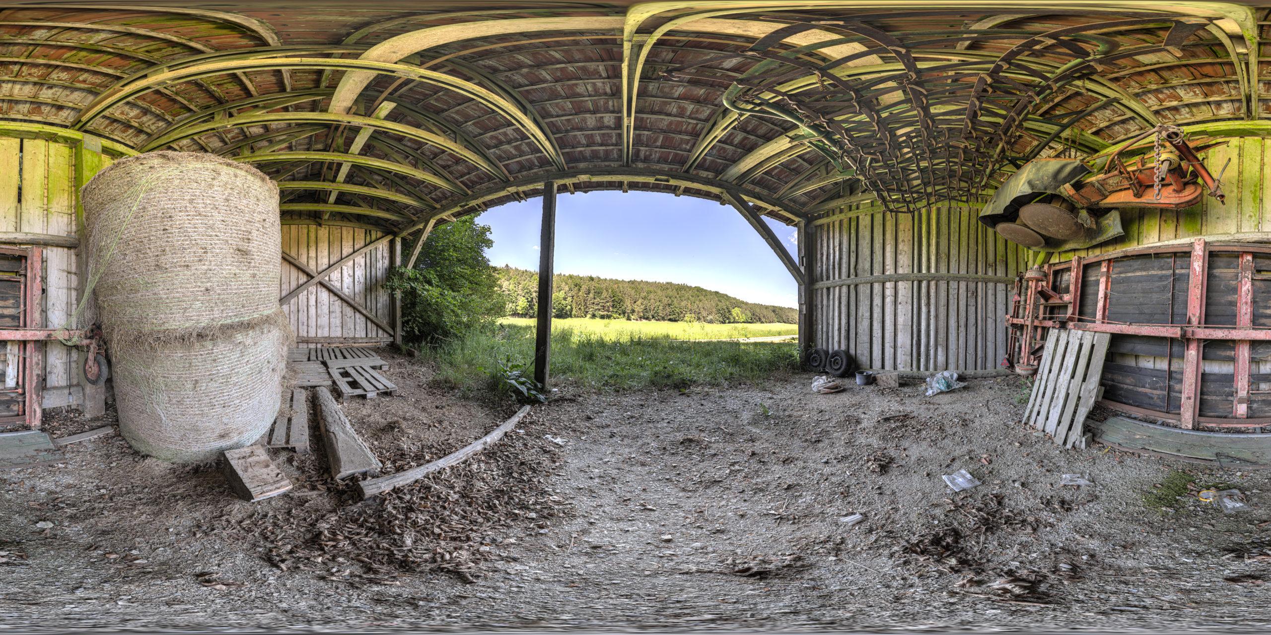 HDRI-Skies-Old-Barn-Strüthof